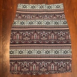 Tribal fitted skirt